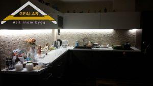 bygga kök med sten kakel